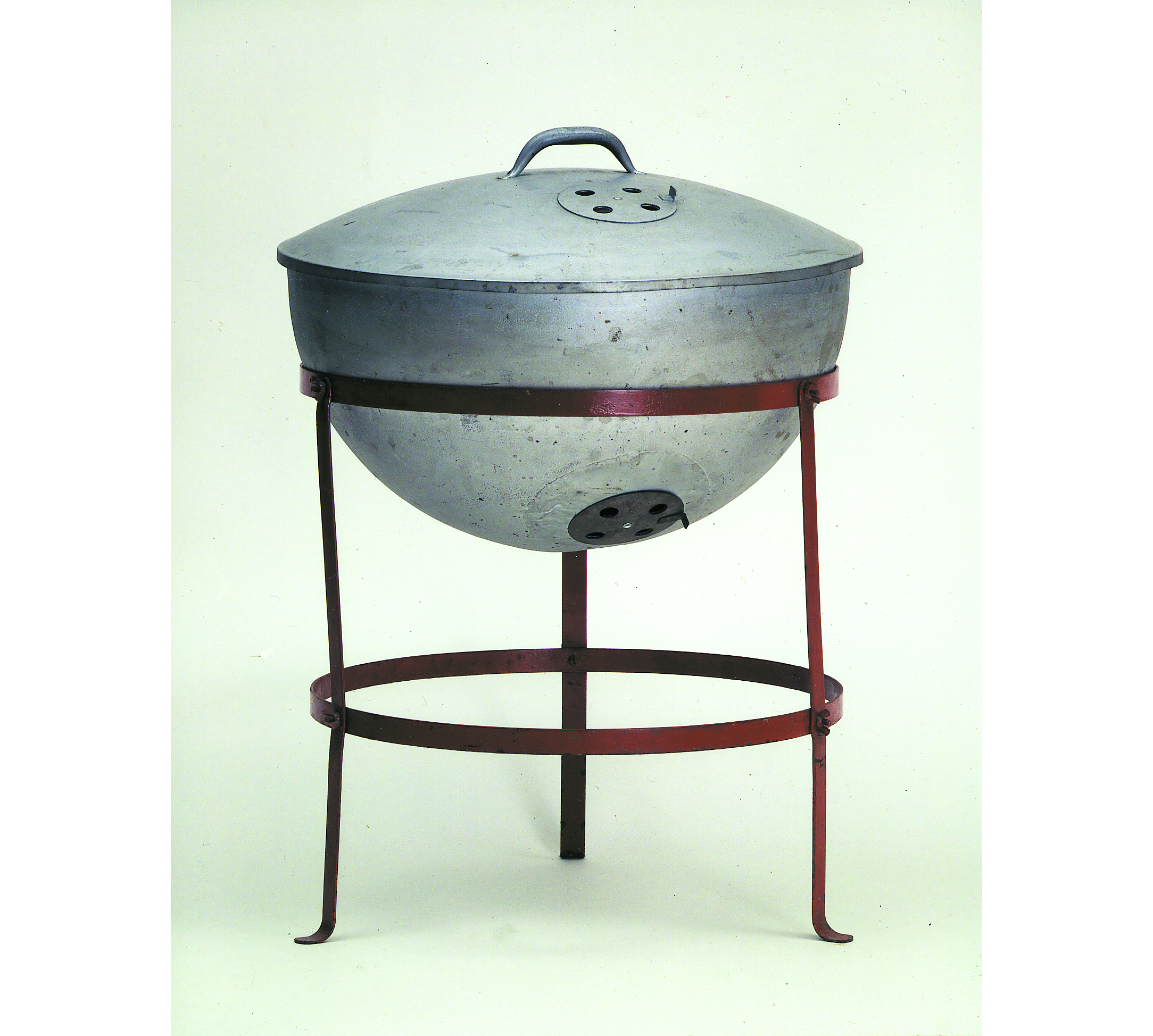 the story of the weber grill begins with a buoy innovation smithsonian. Black Bedroom Furniture Sets. Home Design Ideas