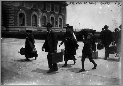 Immigrants arrive at Ellis Island. Courtesy of Library of Congress