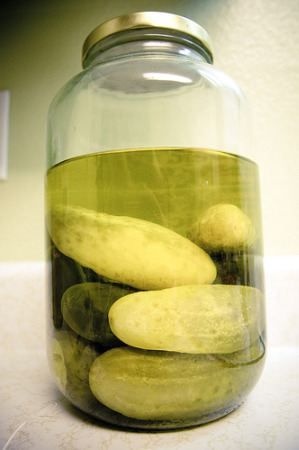Pickle juice relieves muscle cramps?