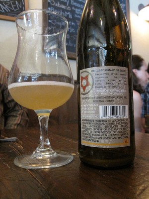 A bottle of gruit beer, courtesy of Flickr user bernt_rostad