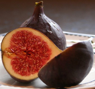 Fresh figs, courtesy of Flickr user Xerones