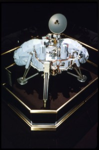 The Viking Lander (proof test article) is on view at the National Air and Space Museum. Photo by Dane Penland, courtesy of Smithsonian Institution