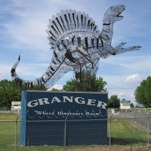 A metal Spinosaurus stands outside Granger's dinosaur sculpture park. From Wikipedia.