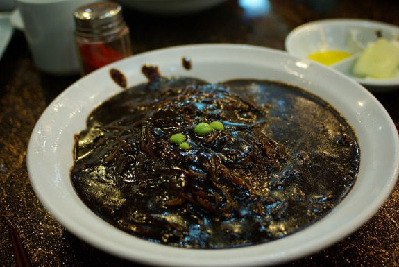 Koreas black day when sad single people get together and eat on black day single koreans drown their sorrows in a bowl of jjajang myeon noodles image courtesy of wikimedia commons forumfinder Image collections