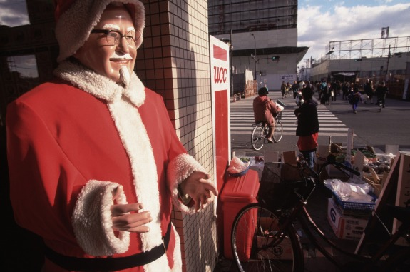 the colonel is ready for his christmas closeup twphotocorbis - Big Lots Christmas Commercial