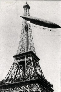 No. 6 rounding the Eiffel Tower, October 19, 1901.