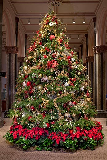 Smithsonian Castle Christmas tree