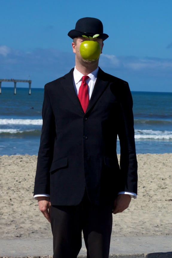 Son of Man, Rene Magritte, Halloween Costume