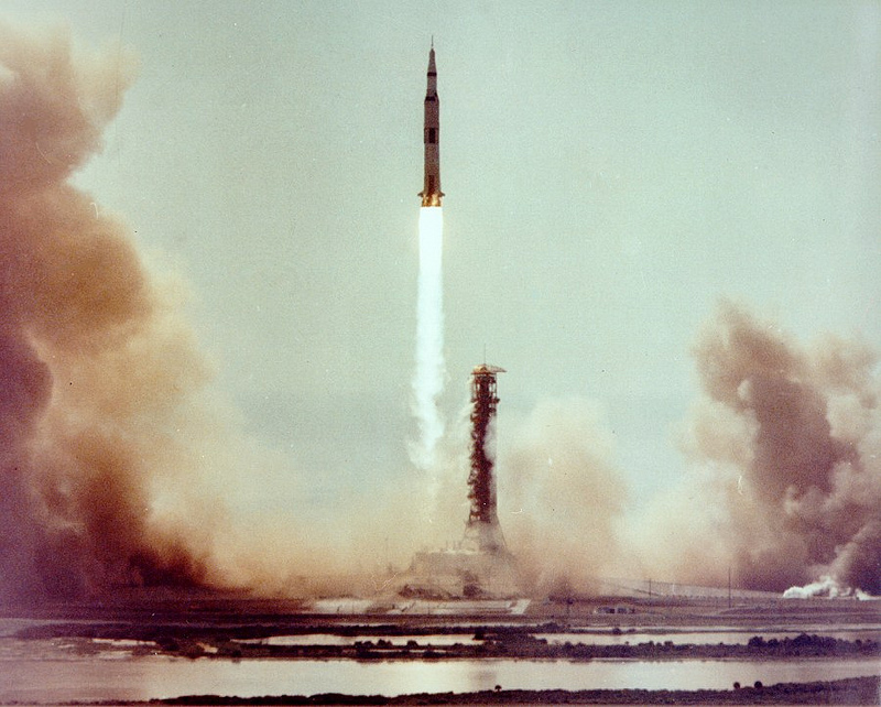 Apollo 13 Rocket Ship - Pics about space