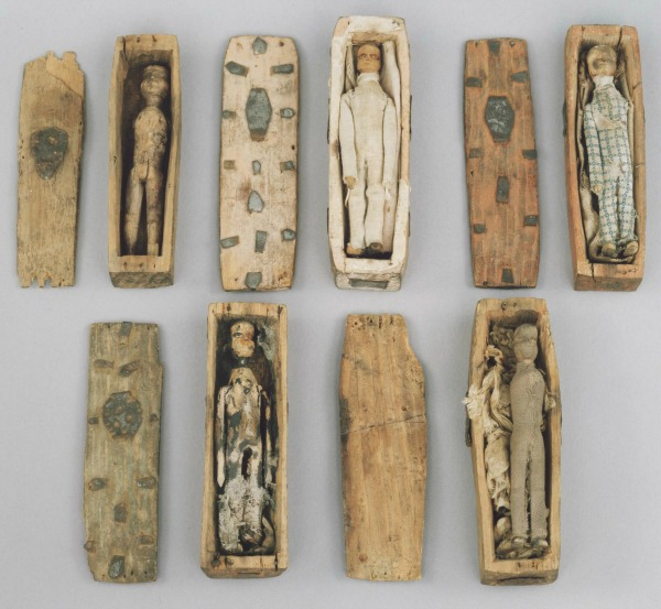 Edinburgh's Mysterious Miniature Coffins | History ...