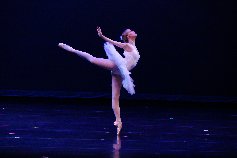 estelle balet