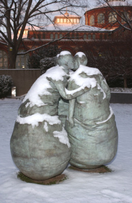 Last Conversation Piece, by Juan Munoz, at Hirshhorn Sculpture Garden; photo by Lee Stalsworth