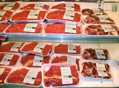 Ground beef in a U.S. supermarket, courtesy Flickr user hfabulous