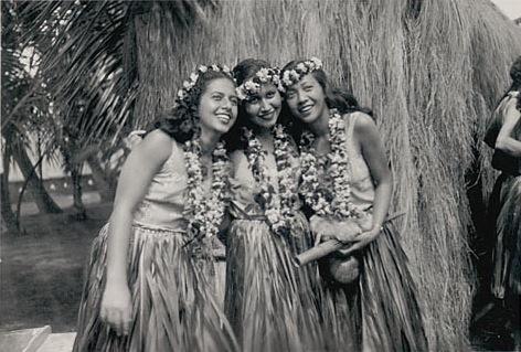 hula_may28