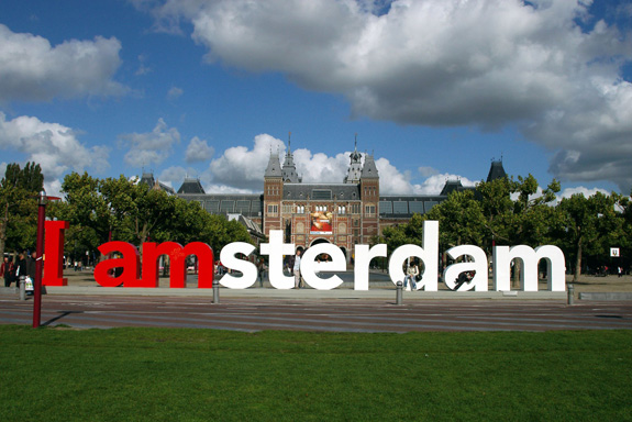 http://blogs.smithsonianmag.com/design/files/2012/08/i-amsterdam.jpg