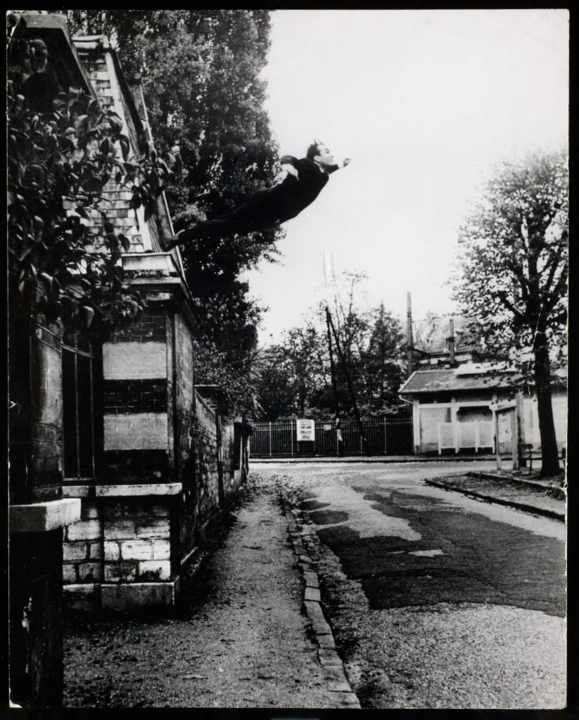 Obsession de la levitation (Le Saut dans le vide) , 1960