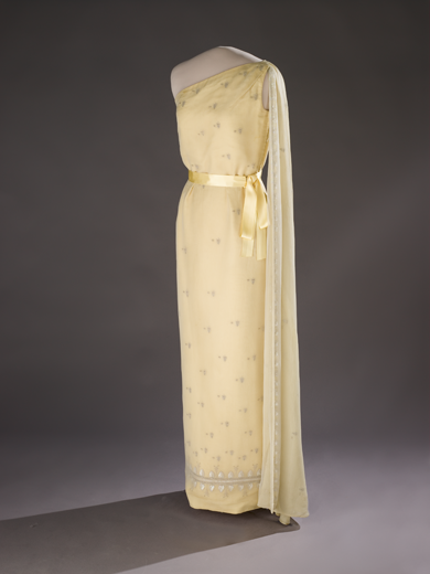 jackie kennedy dresses. Jackie Kennedy wore this dress