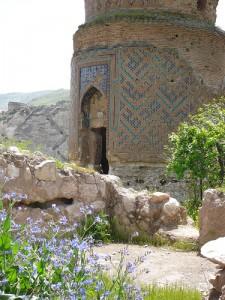 Zeynel Bey Mausoleum, Hasankeyf (courtesy of flickr user birasuegi)