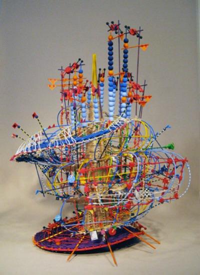 Noel sculpture
