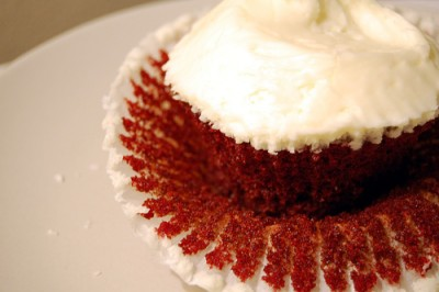 Red velvet cupcake, courtesy of Flickr user su-lin