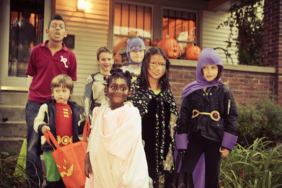 family halloween costume themes with baby