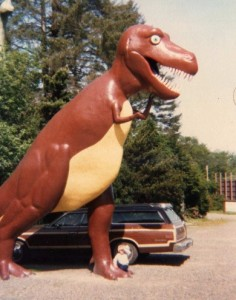 The roadside Tyrannosaurus at Thunderbeast Park.