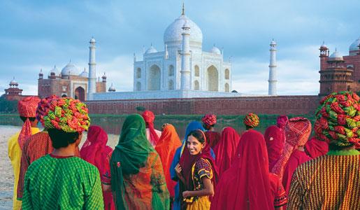 Colorful Indian fashions outside the Taj Mahal