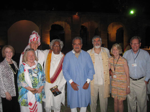 Smithsonian travelers with the Maharaja, Rajeev Sethi and Richard Kurin