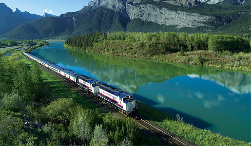 Board The Rocky Mountaineer on the final days of your trip westward across Canada.