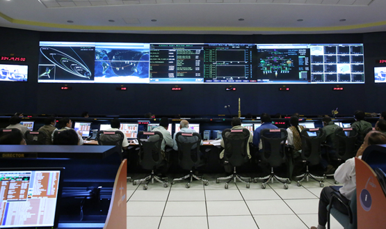 Inside the MOM control room as the spacecraft leaves Earth orbit.