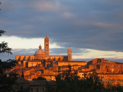 Sunset on Siena. Photo: Christine Thompson. Smithsonian Magazine Photo Contest