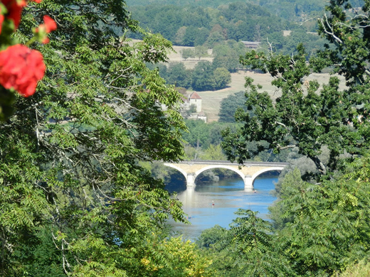 View_of_Dordogne_River_Valley